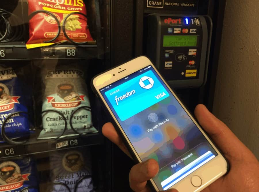 vending machine card-reader-apple-pay